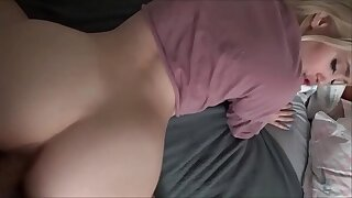 Brother & Sister Play a New Game - Anastasia Knight - Family Therapy